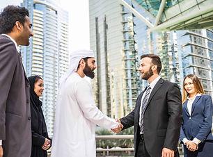 UAE-Businessman-handshake.jpg