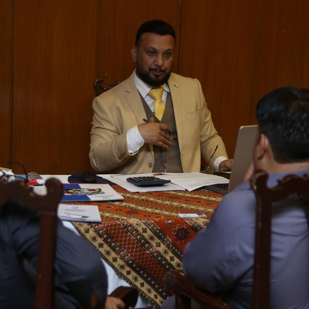 ADIL ISMAIL best canada australia immmigration consultant in karachi pakistan superior consulting immigration experts in karachi pakistan superior consulting adil ismail