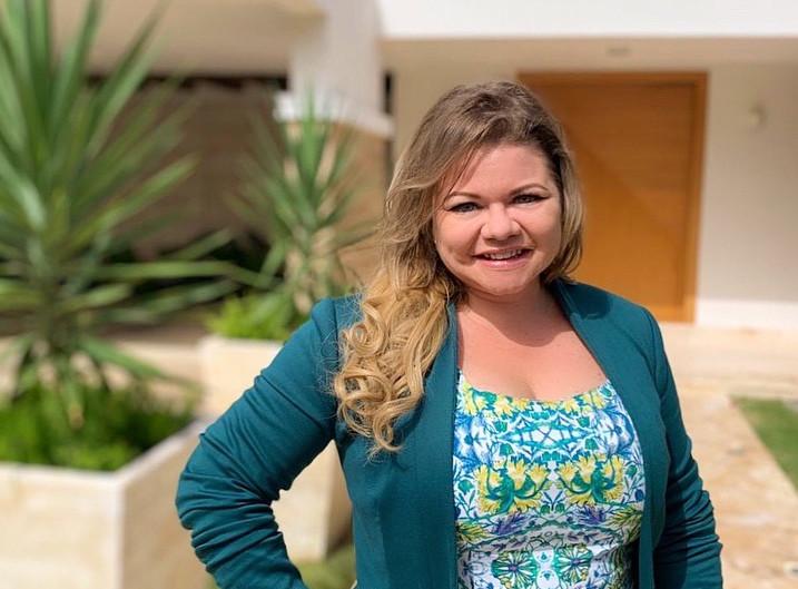 My Interview with SHOUTOUT MIAMI: Meet Sarah Desbois de Pandia   Creative Entrepreneur