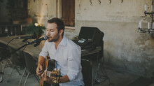 5 things to consider when booking music for your wedding