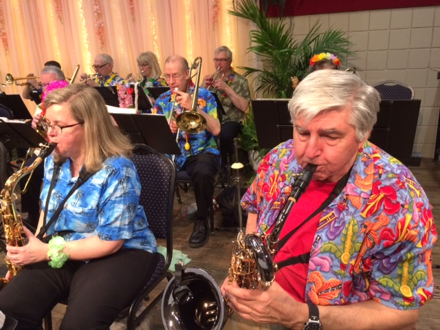 Roger and Cindy at Hawaiian Night 2018