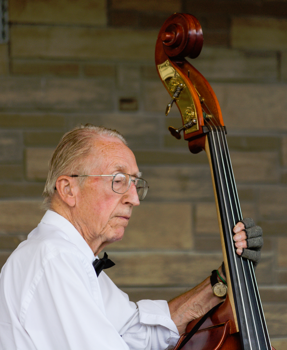Jeff Stringer - String Bass