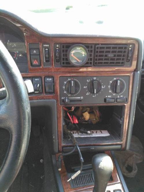 Volvo 850 (any) Vent Gauge Pod