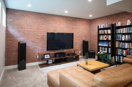 Brickwork : Carpet : Potlights