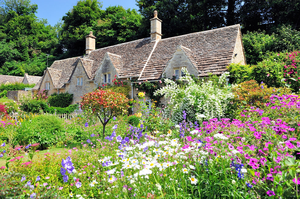 English Country Cottage with beautiful f