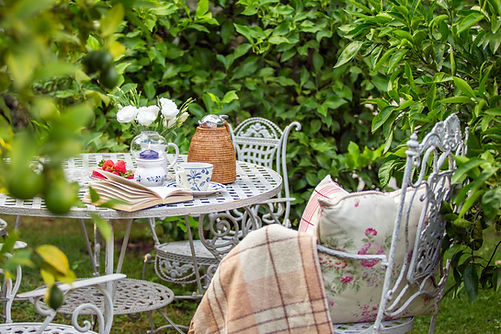 Planning your garden for Spring. English Garden & Antiques