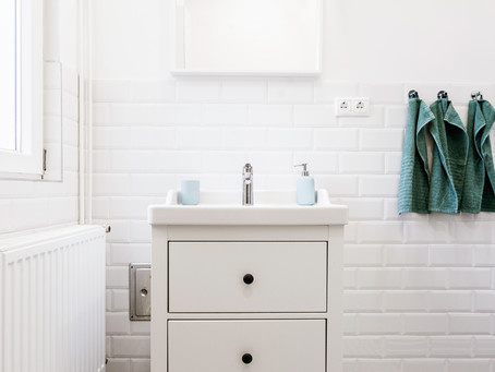 10 Small Bathroom Ideas and Solutions