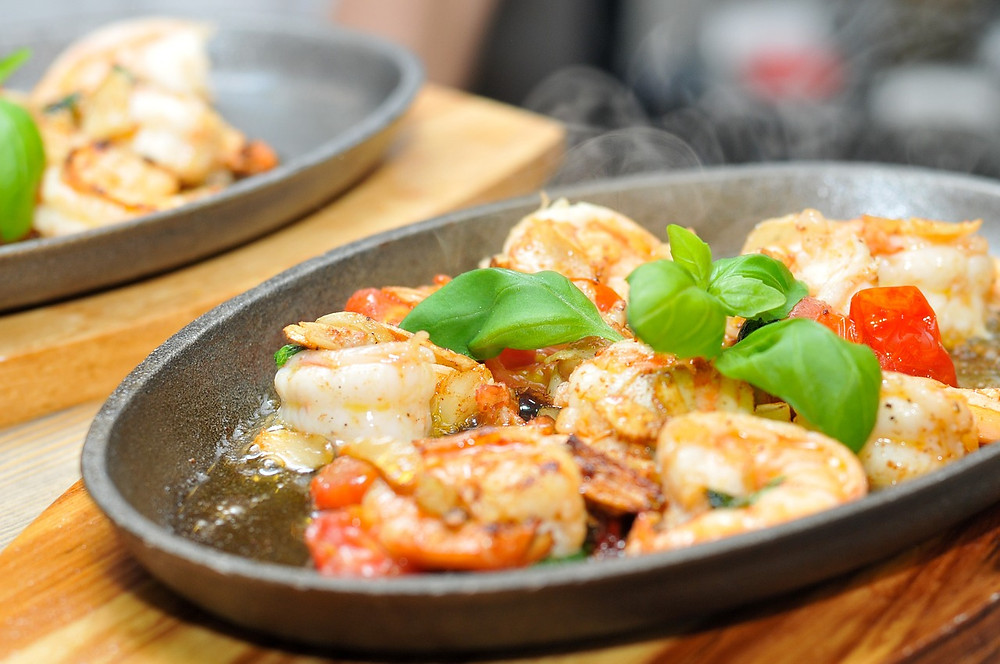 Quick and easy recipe, prawns with garlic butter