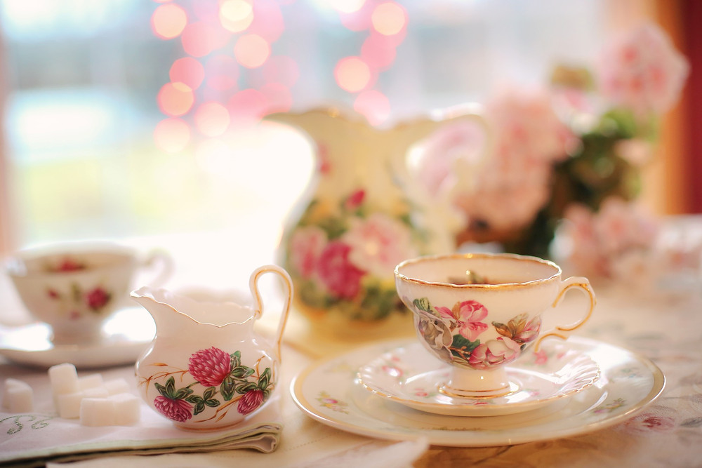 Afternoon tea, English Gardens and Antiques