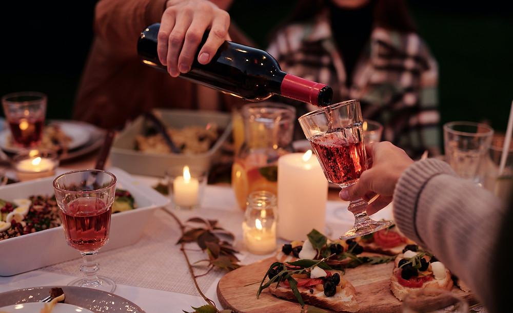 Outdoor eating, garden party ideas, tips for a garden paty