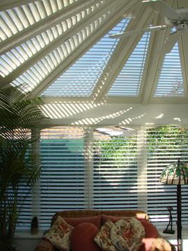 Conservatory-shutters-to-reduce-heat.jpg