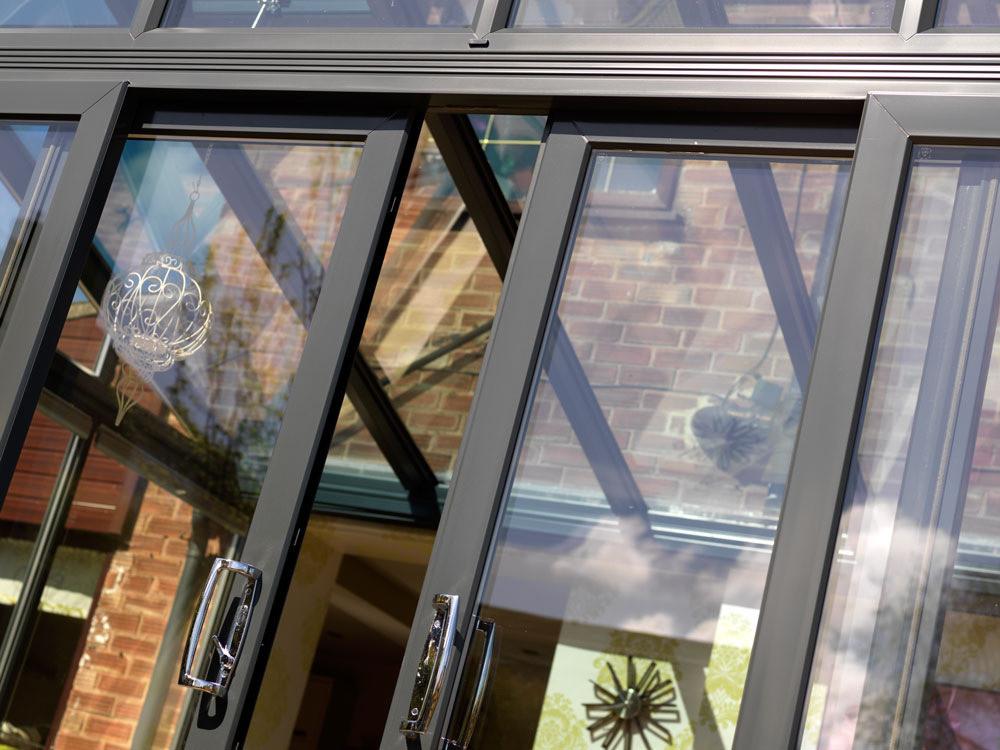 ho_sliding_patio_large7.jpg