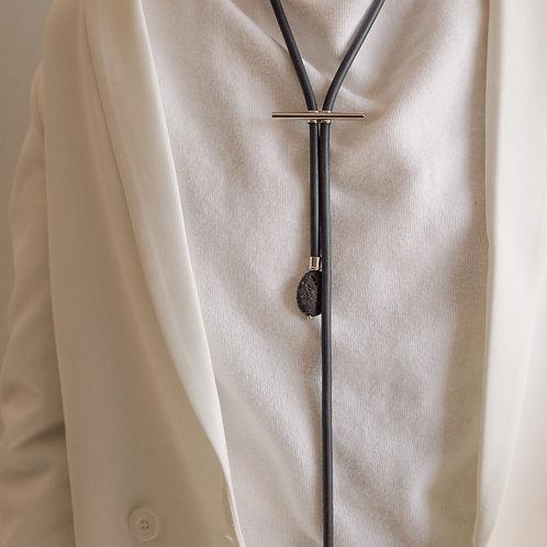 Colar Cravat