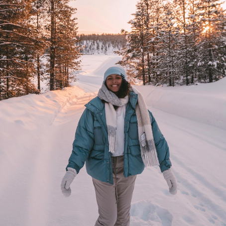 @girlborntotravel : Get Ready with me in Lapland ❄️ (curly hair routine + outfit)