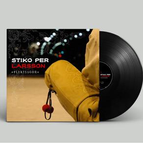 Stiko Per Larssons två första album på vinyl.