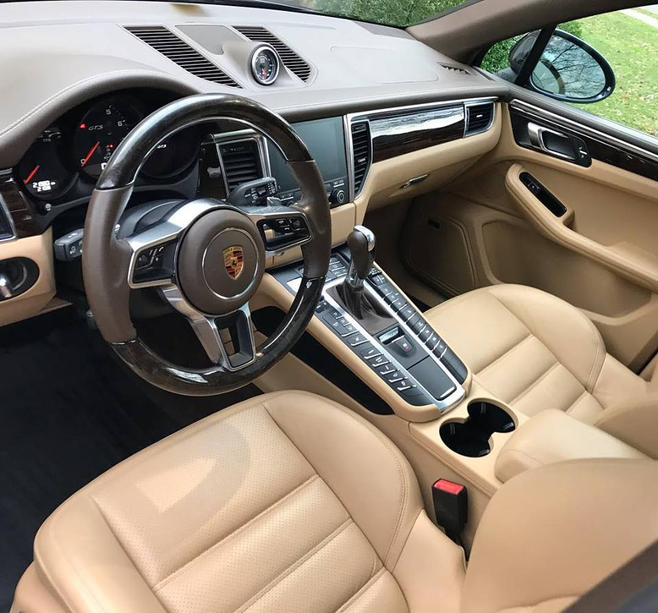 Porsche Macan GTS interior.jpg