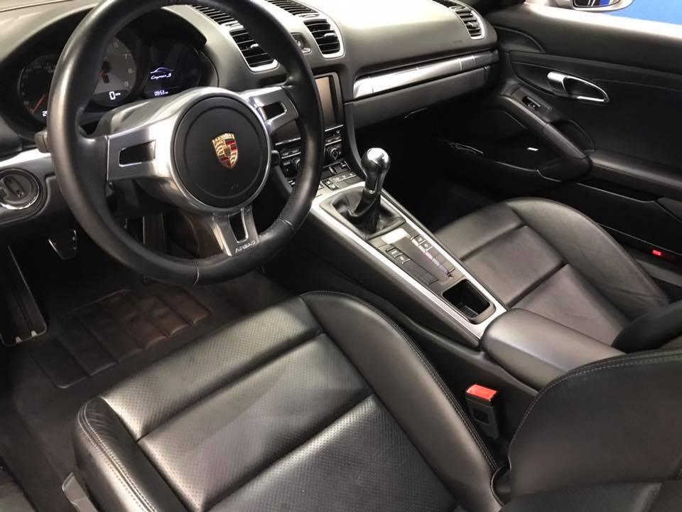 Porsche cayman s interior.jpg