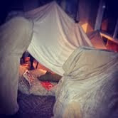 A READING FORT:How cool is that!