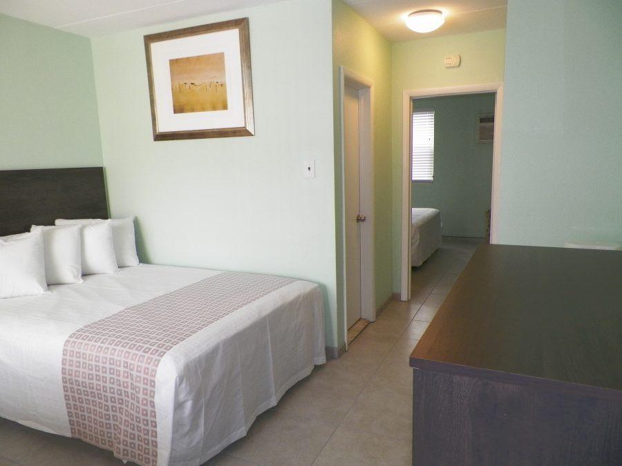 room-3-whole-room-900x675.jpg