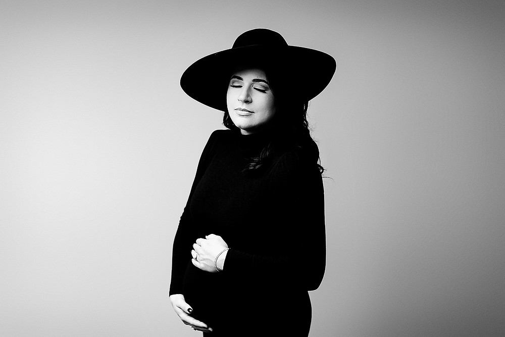 Sugar Land, TX Studio Maternity Photography