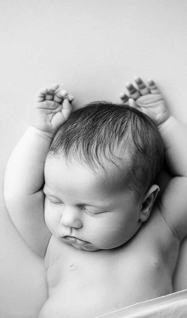 best newborn photographer in spring tx