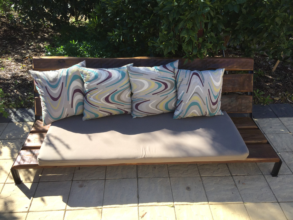 Outdoor Lounge with cushions.JPG