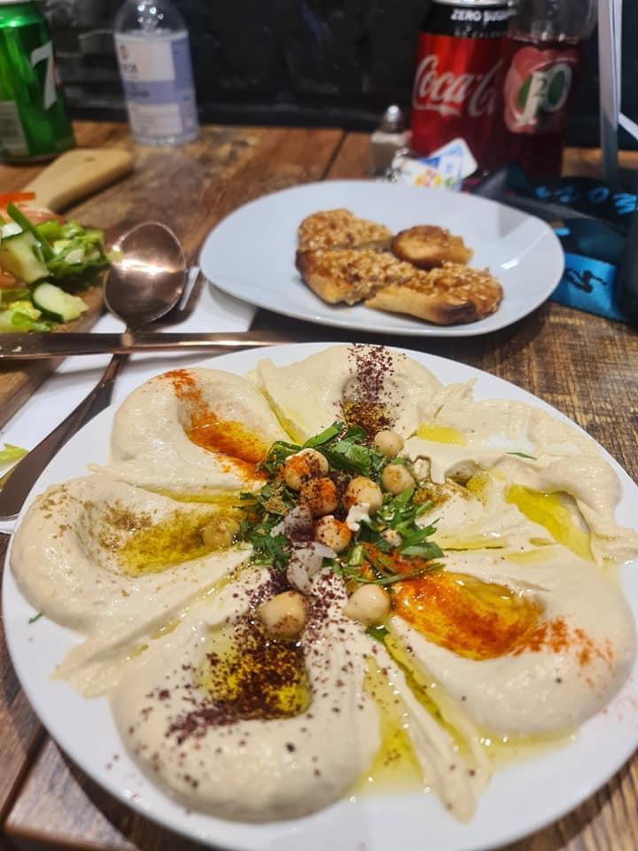 Hummus.jpg