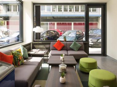 Ibis Centre Gare Geneve hotel design 01.