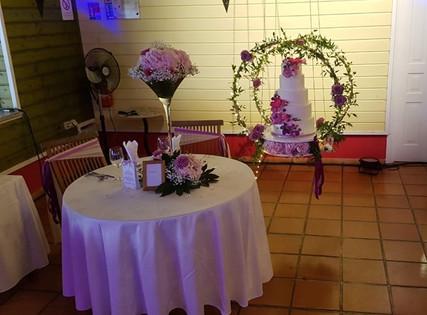 Table des mariés et Pièce-montée suspendue