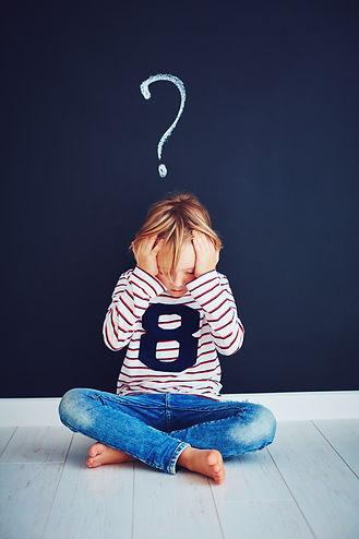 enfant triste, malheureux, déprime, harcélement, mal dans sa peau, difficultés scolaires, dys,  kinésiologie kinésiologue