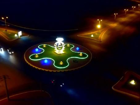 تركيب مجسمات جمالية في بلدية المضايا