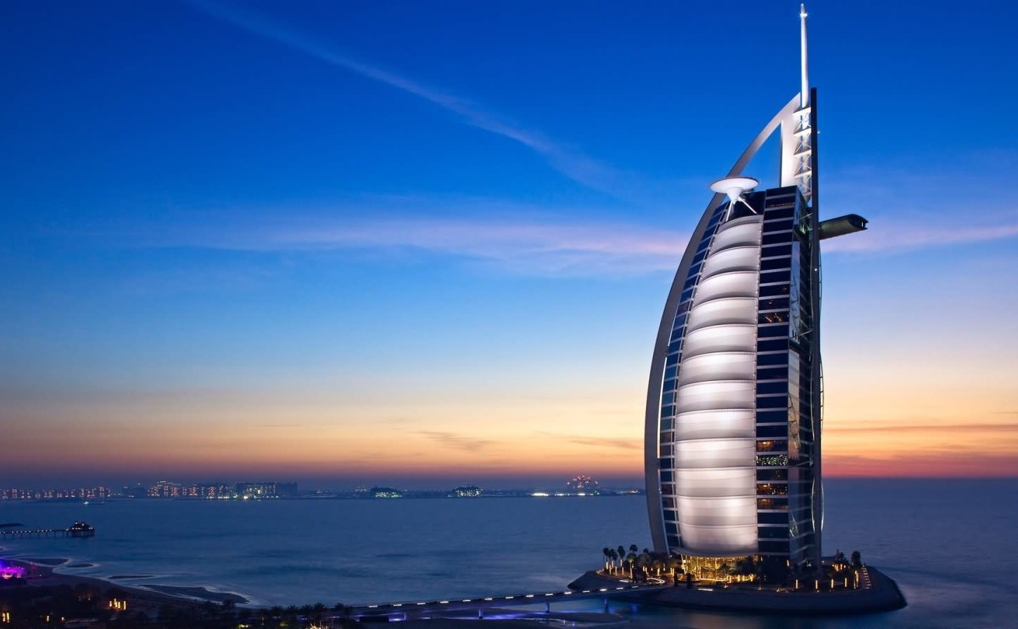 Amazing-Sunset-View-Of-The-Burj-Al-Arab