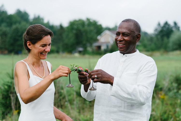 Ottawa candid wedding photographer