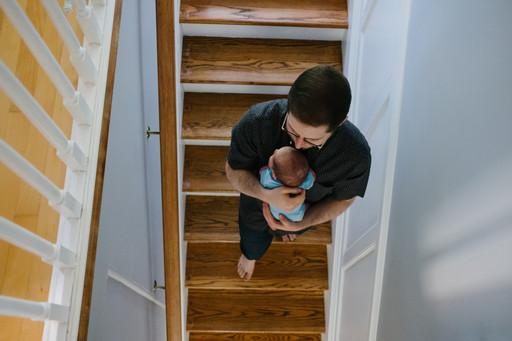 Ottawa newborn photo shoot at home by Melanie Mathieu Photography.