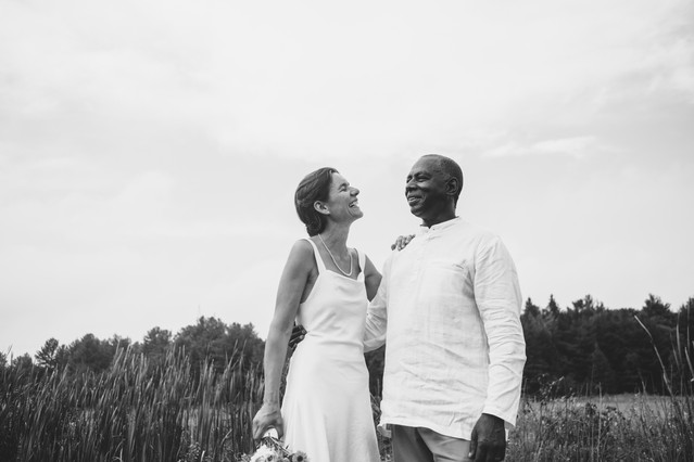 black and white portrait of bride and groom on their wedding day on a farm in Gatineau QC. Photo by Melanie Mathieu Photography, ottawa gatineau wedding photographer.
