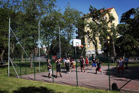 Basket playground in Via Giovan Battista Calabria.