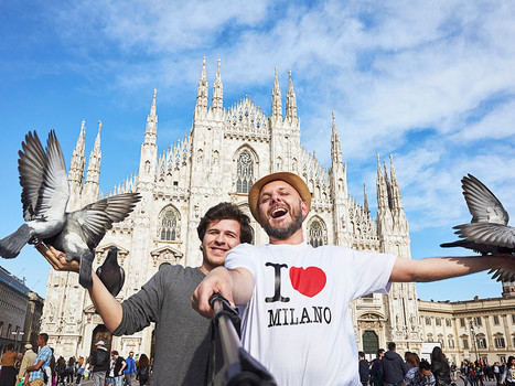 «I discovered friend rental web sites on YouTube.  At the beginning, I thought it was a sort of prostitution: instead of selling love, you sell friendship.  Then I saw there were a lot of people and I decided to try».   Carlo, 23-year-old, student in Milan.  rate: 10 euro per hour