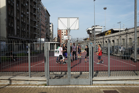 Basket playground  in Via Giovan Battisti Sammartiri.