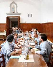 Sunday November 19, 2014 – Monte San Savino (Arezzo). Lunch of the Franciscan Fraternity of Bethany.