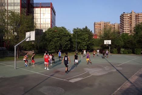 Basket playground in Via Nervesa.