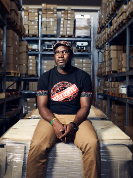 Madi Sakande, 47 years old, native of Burkina Faso, has been living in Italy for the past twenty-two years; he started by picking tomatoes in the province of Foggia and then winds up as a sales assistant for Fendi in Bologna. Later in the years he takes over a prominent company of the area, that was in financial difficulty due to the crisis. Ultimately, succeeding in turning it into one of the most innovative companies in the refrigerating business lead him to be awarded Foreign Entrepreneur of the year 2016.