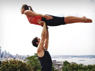 Como lograr que tu novio haga Yoga