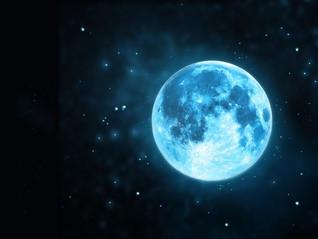 13 Lunas y Luna Llena Azul de Cazadores