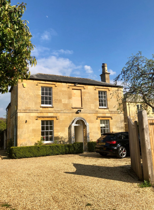 Holiday Let in the Beautiful Cotswolds (Completion 2020)