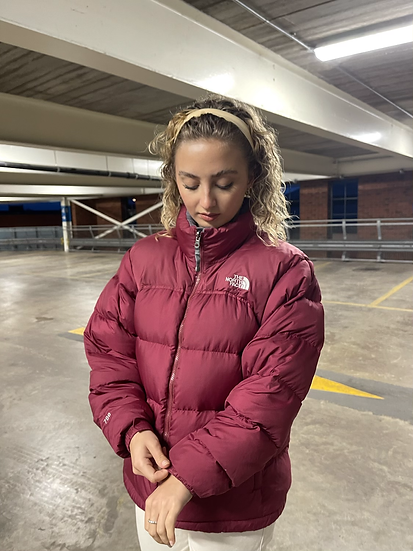 BURGUNDY / DARK RED TNF NUPTSE 700 (WOMENS L)