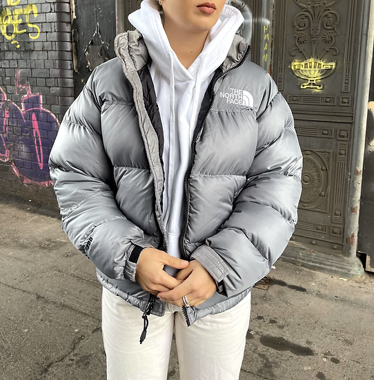 RARE LIGHT GREY TNF 700 NUPTSE (WOMENS MEDIUM) **READ DESC.**
