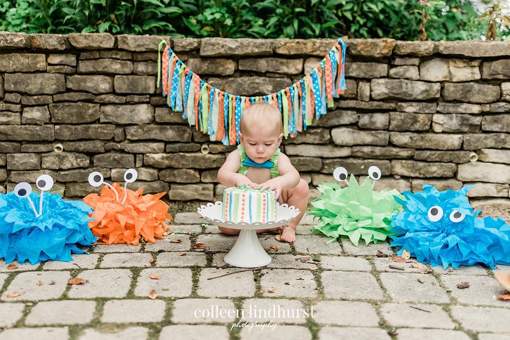 one year old cake smash | columbus ohio photographer | colleen lindhurst photography