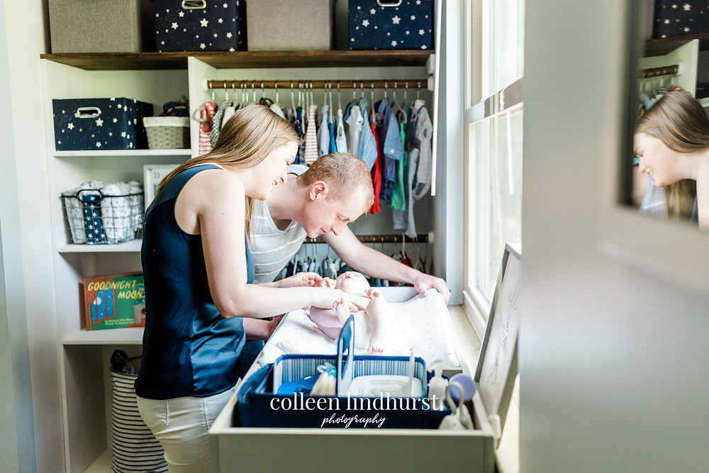 Lifestyle Newborn Photographer | Columbus Ohio | Colleen Lindhurst Photography