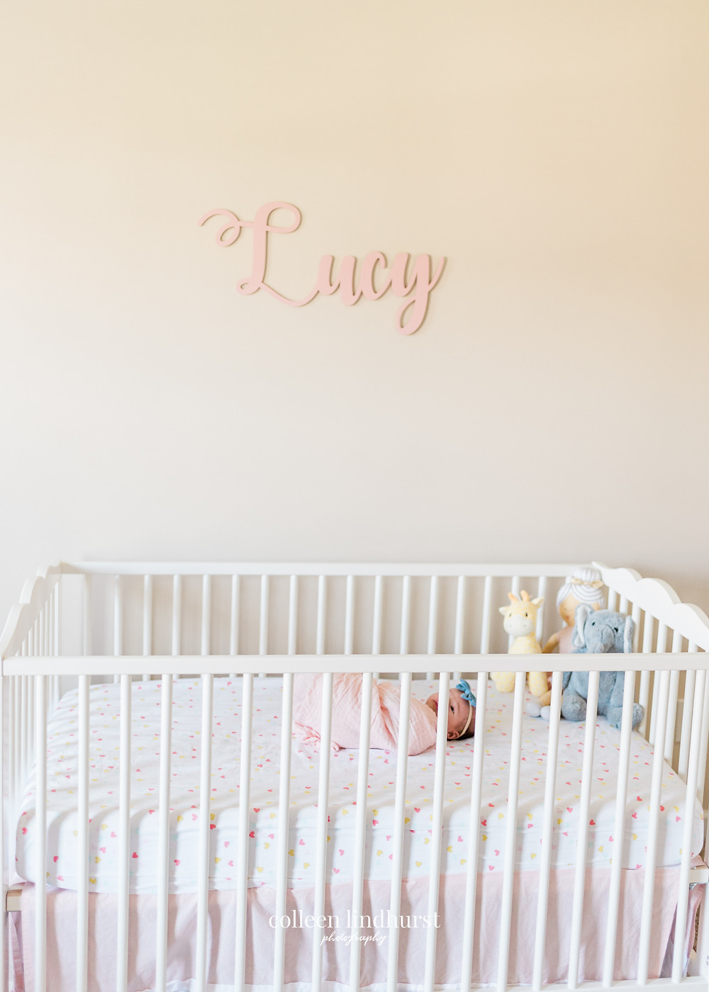 Lifestyle in-home newborn photography | taking my own newborn photos | baby lucy | Columbus Ohio | Colleen Lindhurst Photography
