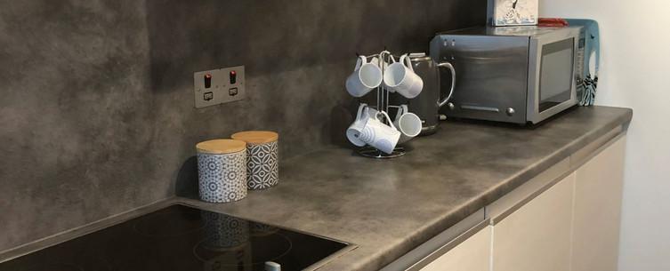 HIllhead self catering apartment lerwick kitchen.JPG